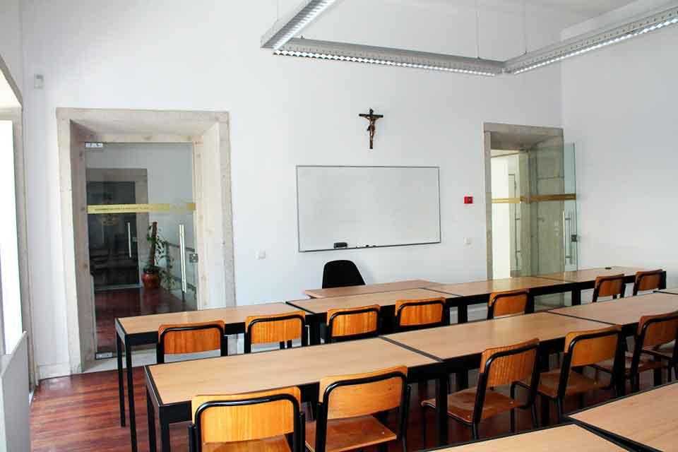 Sala de Formação da escola Superior de Teologia e Ciências Humanas