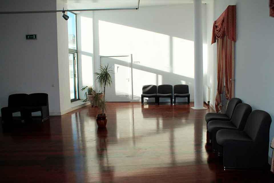 Sala de Convívio do Instituto Católico